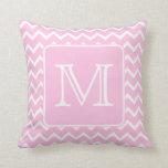 Zigzags rosados con el monograma de encargo almohadas