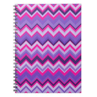 Zigzags tribales rosados púrpuras intrépidos de Ch Libretas