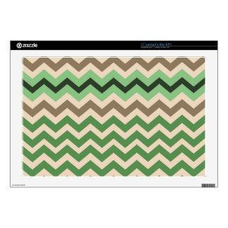 Zigzags verdes con negro skins para portátil