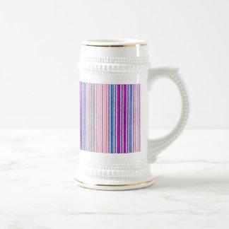 Zigzags y rayas púrpuras y sombras azules jarra de cerveza