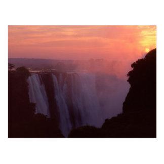 Zimbabwe, parque nacional de las cataratas postales