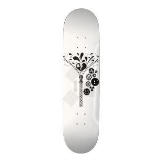 Zipper_Heart Skateboard