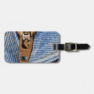 zipper luggage tag