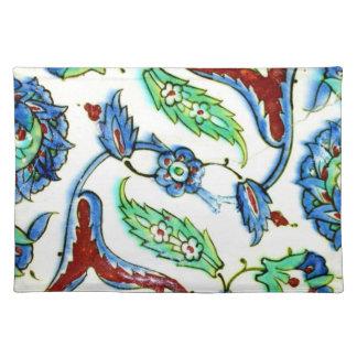 znik Ceramics with Floral Design Placemat