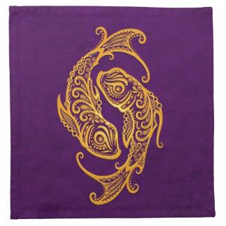Zodiaco amarillo complejo de Piscis en púrpura Servilletas Imprimidas