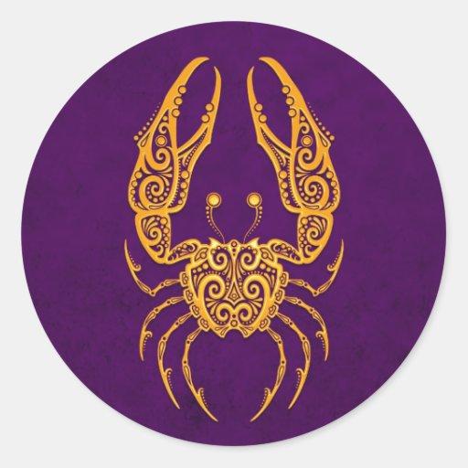 Zodiaco amarillo complejo del cáncer en púrpura pegatina redonda