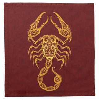Zodiaco amarillo complejo del escorpión en rojo servilletas