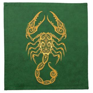 Zodiaco amarillo complejo del escorpión en verde servilletas