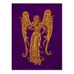 Zodiaco amarillo complejo del virgo en púrpura postal