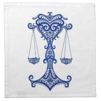 Zodiaco azul complejo del libra en blanco servilletas de papel