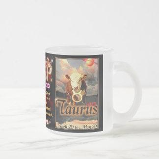 Zodiaco del cambio de signo del tauro del aries pe taza de café