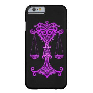 Zodiaco púrpura complejo del libra en negro funda de iPhone 6 barely there