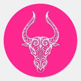 Zodiaco rosado complejo del tauro pegatina redonda