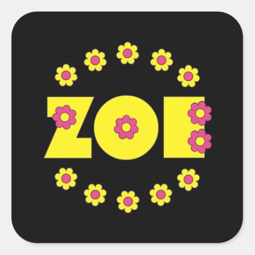Zoe en el amarillo de Flores Calcomanía Cuadrada