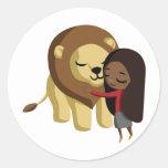 Zoe y cacahuete el león etiqueta redonda
