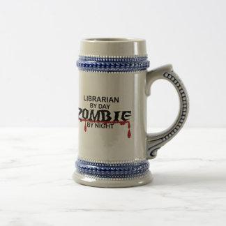 Zombi del bibliotecario jarra de cerveza