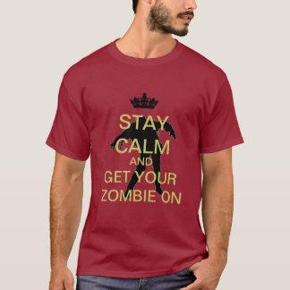 Zombi tranquilo de la estancia en la camiseta
