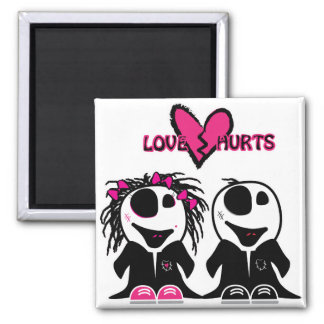 ZOMBIE LOVE HURTS MAGNET