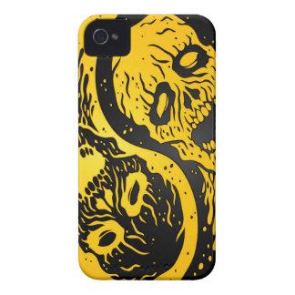 Zombis amarillos y negros de Yin Yang iPhone 4 Carcasas