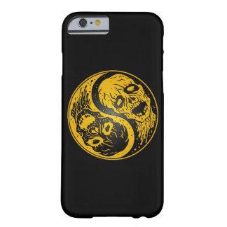 Zombis amarillos y negros de Yin Yang Funda De iPhone 6 Barely There