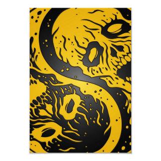 Zombis amarillos y negros de Yin Yang Invitaciones Personalizada