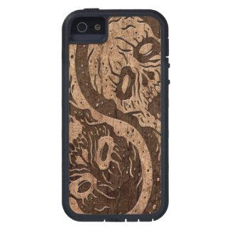 Zombis de Yin Yang con el efecto de madera del iPhone 5 Protector