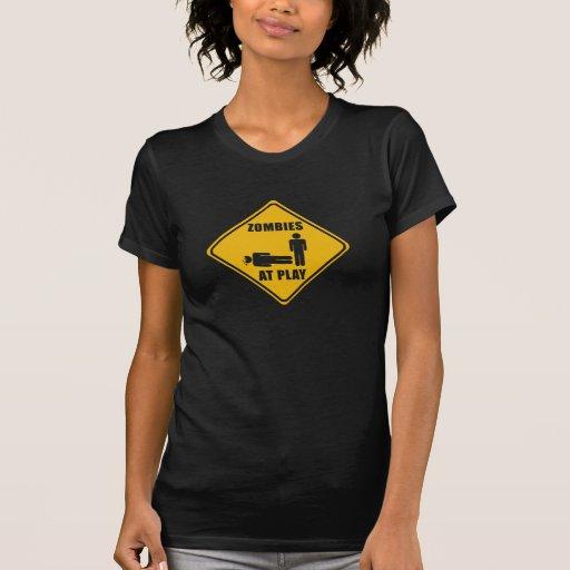 Zombis en la muestra del juego - camiseta