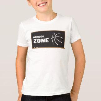 Zona de la escuela del baloncesto playera