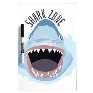 Zona del tiburón pizarras blancas