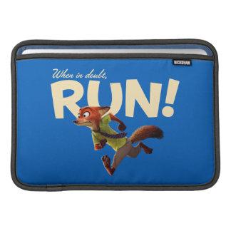 Zootopia | Nick Wilde - When in Doubt, RUN! MacBook Air Sleeve
