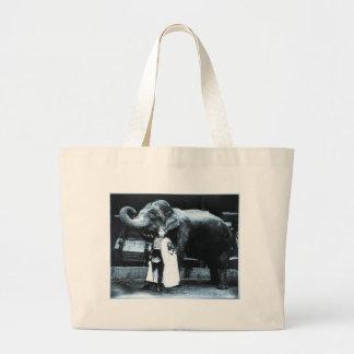Zora and Trilby 1916 Canvas Bag