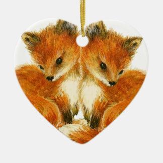 Zorros gemelos del bebé adorno navideño de cerámica en forma de corazón
