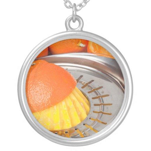 Zumo de naranja fresco colgante redondo
