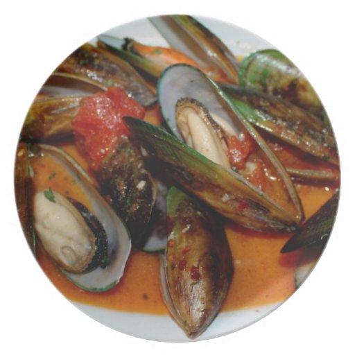 Zuppa di Mussels Dinner Plate